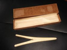 ANTIQUE ELEGANT CARVED LADIES GLOVE STRETCHERS CARVED BONE IN OLD BOX 6.5""